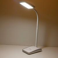 Светодиодная настольная лампа с зажимом DP-1028